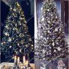 Díszített karácsonyfa